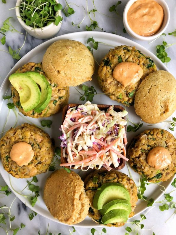 Paleo Jalapeño Salmon Burgers with Garlicky Slaw for an easy homemade oven-baked gluten-free salmon burger recipe!