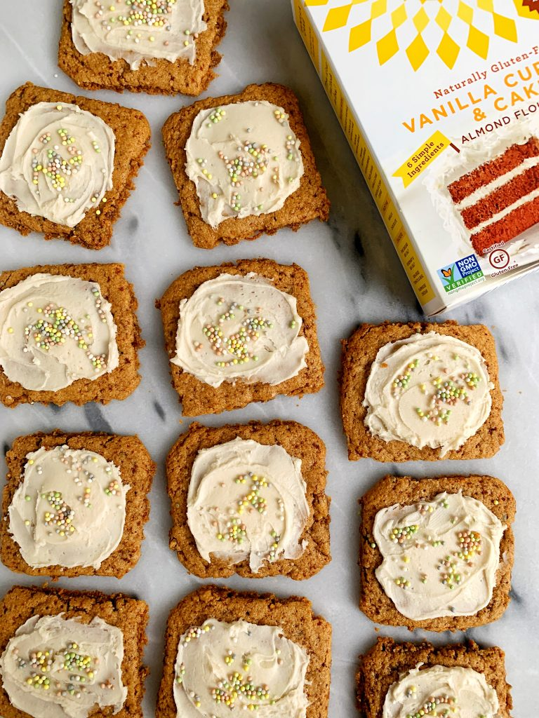 4-ingredient Gluten-free Vanilla Cake Mix Cookies made with Simple Mill's delicious vanilla cake mix and 3 other grain-free and dairy-free ingredients.