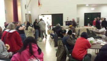 Johnson Outdoors Employees Serve Up Thanksgiving Dinners