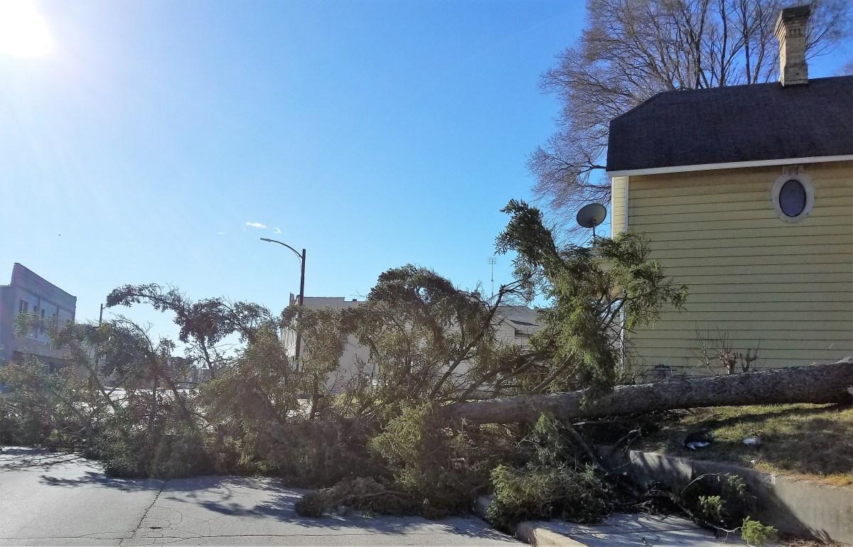 High winds https://www.racinecountyeye.com