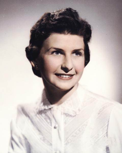 Lois Corr