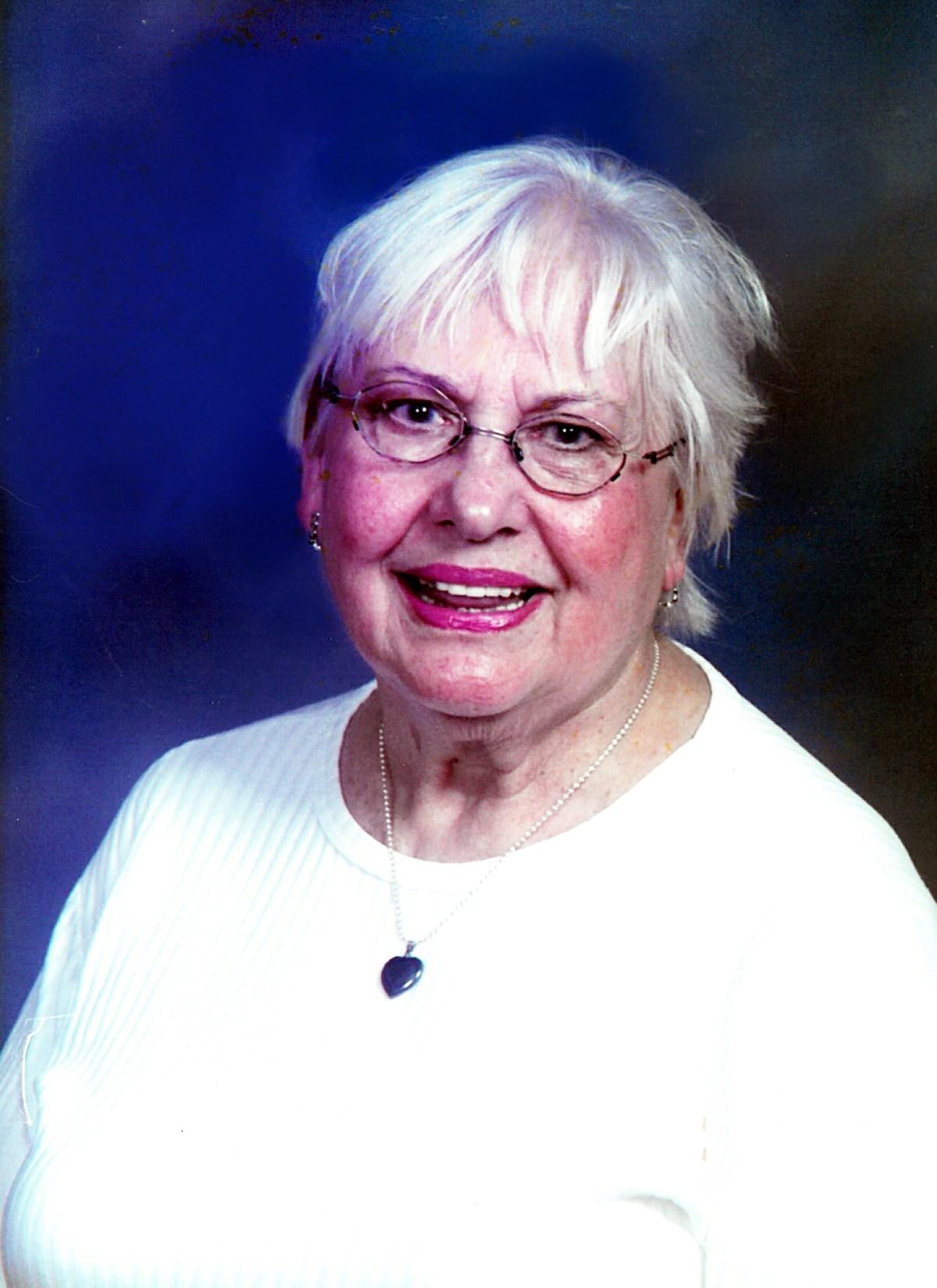 Lois Nikl