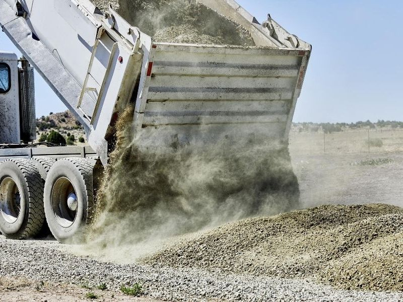 Reasons to Use a Dump Truck Liner in Construction