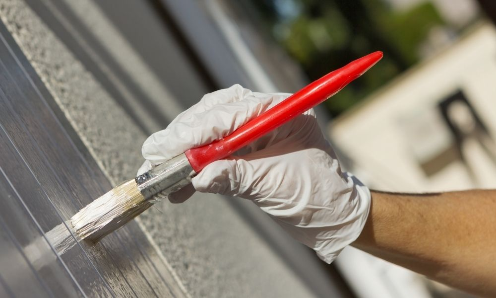 The Best Colors for Painting Your Shutters