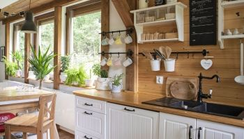 2 Ways To Create a Cozy, Rustic Vibe in Your Home