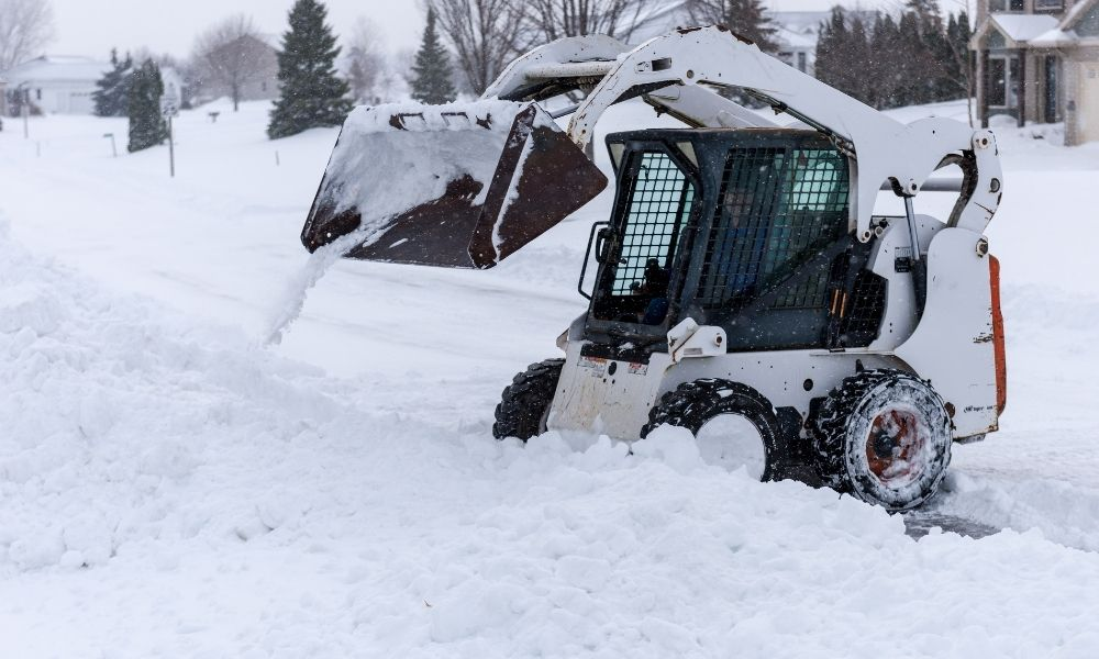 Using a Skid Steer for Snow Removal: The Benefits