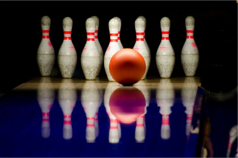 UW-Whitewater bowling