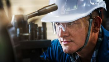 How To Ensure a Safe Workplace in an Industrial Environment