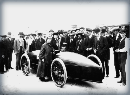 Marriott Drives Stanley Rocket, 1907.