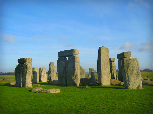 2-Stonehenge_on_27