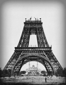 2-Construction_tour_eiffel5