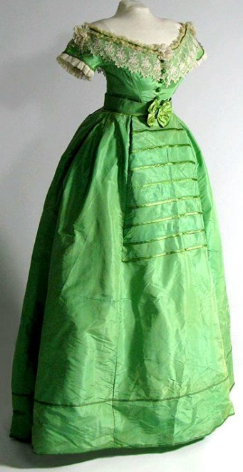 2-1860frenchdress2