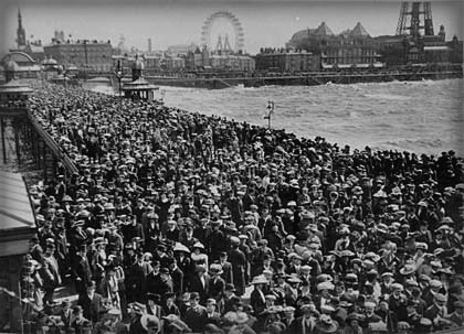 Masses of Day-Trippers To Pleasure Pier.