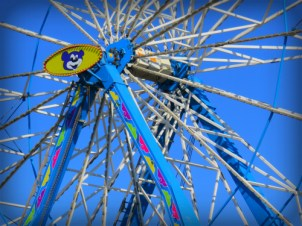 Ferris Wheel, Ventura Fair, California, 2016. Image. B. Rose.