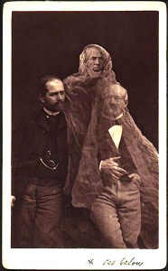 Victorian Era Spirit Photography. Image: PhotographyMuseum.com.