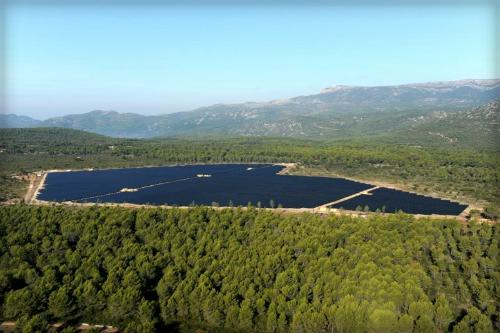 Solar Power: Castellet, Phoenix. Image: Phoenix Solar AG.