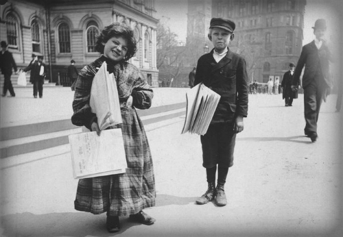 Nellie Bly Articles, Newsgirl and Boy, 1896. Image: New York Public Library.
