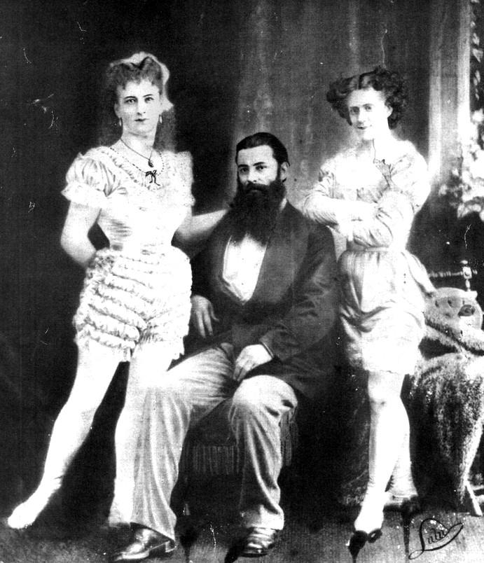 The Great Farini With Lulu (left), 1875. Image: Niagara Falls Public Library.