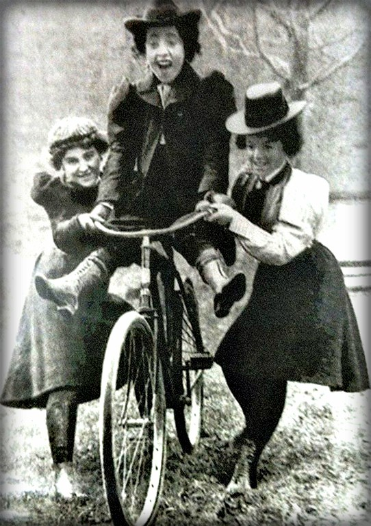Maidens Disregard Convention by William Gordan Davis, 1895. Image: National Cycle Archive, University of Warwick.