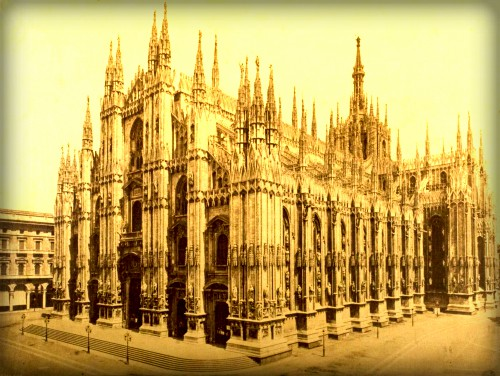 Milan, the Dome. Image: Photographic Collectors Assn. and Dr. Robert Bingham.