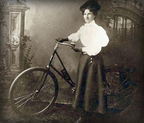 Victorian Era Bicycles. Image: OldBike.eu.