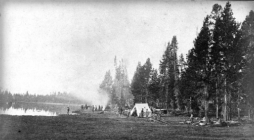 Camp Yellowstone, 1871. Photo: William Henry Jackson, Wikipedia.