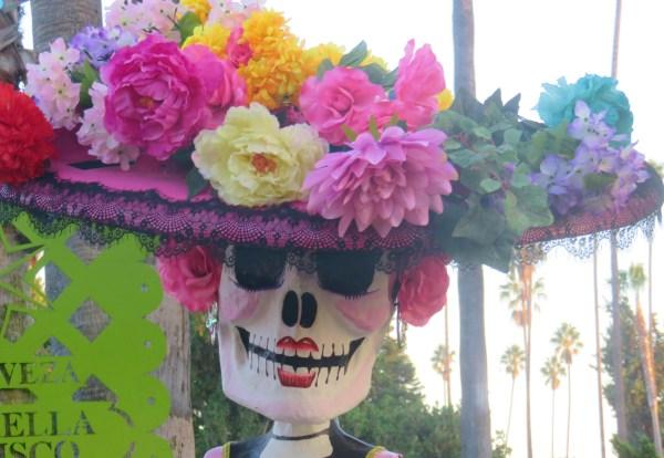 Catrina Skull: Los Angeles Hollywood Cemetery, Day of the Dead. Image: B. Rose Media.