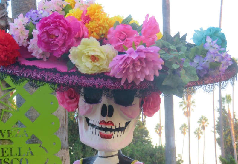 Catrina Skull: Los Angeles Hollywood Cemetery, Day of the Dead. Image: B. Rose Media.