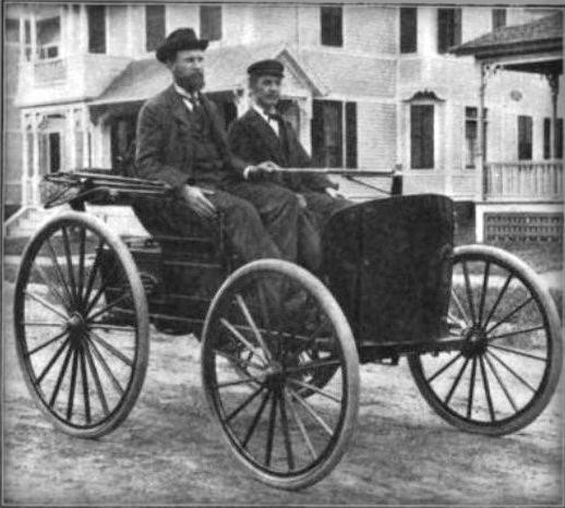 First American Car Race: Duryea Brothers Won. Image: Wikimedia.
