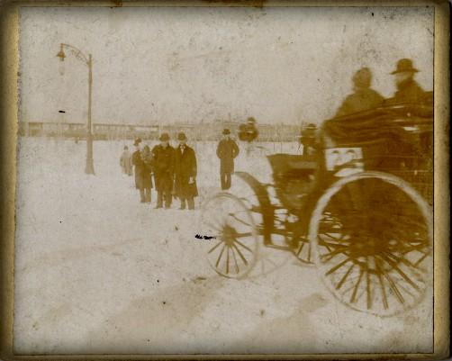 First American Car Race: Macy's Benz Car. Image: Wikimedia.