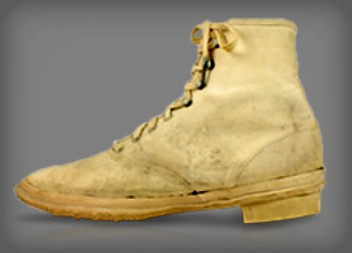 Keds Woman's Sneaker, 1892. Image: Bata Shoe Museum.