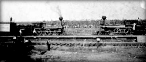 Staged Train Wreck, Head-on Collision at Crush, Texas, Sept. 15, 1896. Image: The Texas Collection, Baylor University
