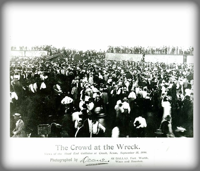 Crowd at Crush, Texas, Sept. 15, 1896. Image: The Texas Collection, Baylor University