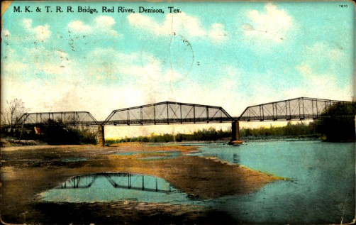 Missouri-Kansas-Texas-Railroad bridge Over Red River. Image: Wikipedia.
