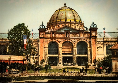 Exposition Universal, Arts and Culture Pavilion 1900. Image: Wikipedia.