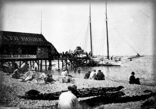 Catalina Bath House, 1910. Image: Water And Power.org.