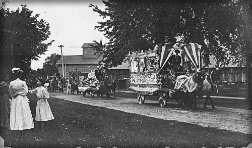 Victorian July Fourth Parades-Sauk County, Wisconsin, c. 1890s. Image: Sauk County Historical Society.