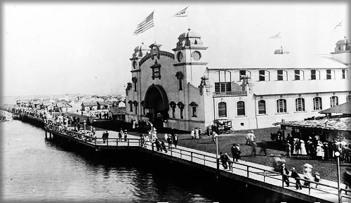 Coronado Tent City Boardwalk/Pavilion, c.1900. Image: Coronado Public Library.