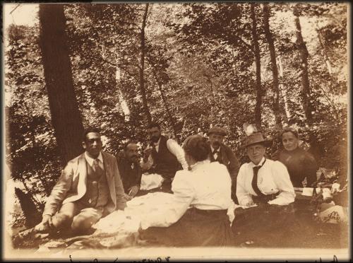 Picnic At Sedanka Woods, North of Vladivostok, Russia, circa 1900. Image: Library of Congress.