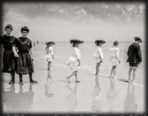 Victorian Seaside Images, Coney Island, 1900. Image: Library of Congress.