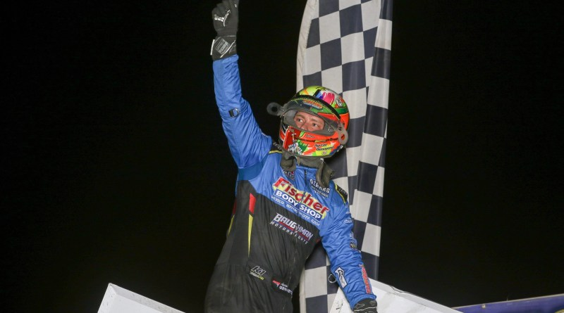 Gennetten Takes MOWA Opener at Tri-City
