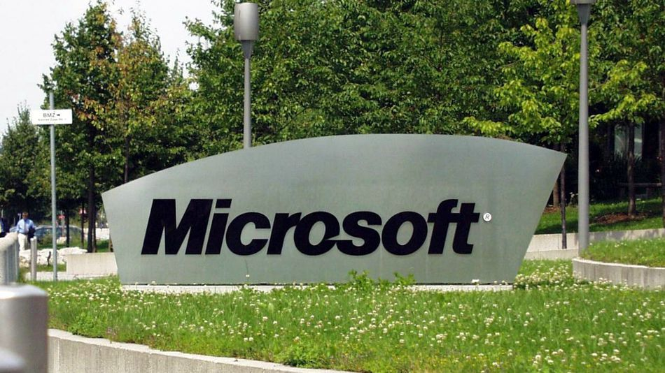 report microsoft surface smart watch will launch in 2014