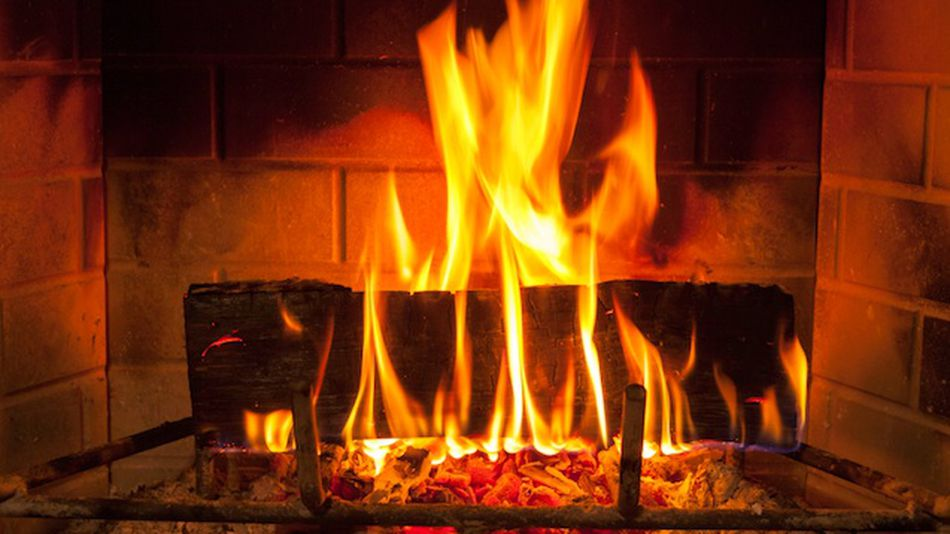 6-futuristic-fireplaces-to-keep-you-warm-this-winter-65bfb3fb72