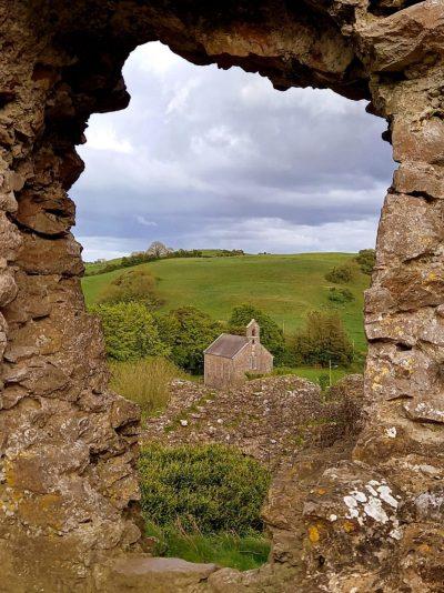 Vue sur chapelle Rock of Dunamase Comté Laois