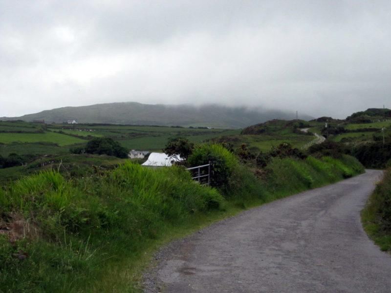 Route de campagne en Irlande