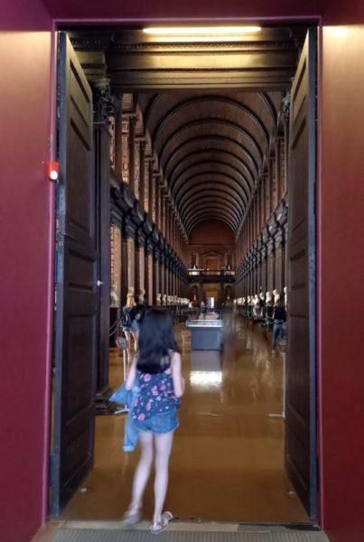 Visite de la Old Library Trinity college avec ma fille