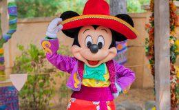 Disneyland Paris Halloween personnage Selfie Spot Mickey Minnie