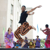 grand-center-st-louis-dancing-in-the-street-jumping-man