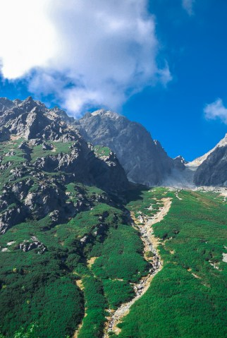 2000 m above the sidewalks . High Tatras and the Western Tatras (2011) 03