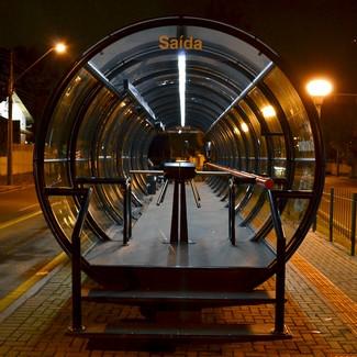 Estação de ônibus tubo em Curitiba